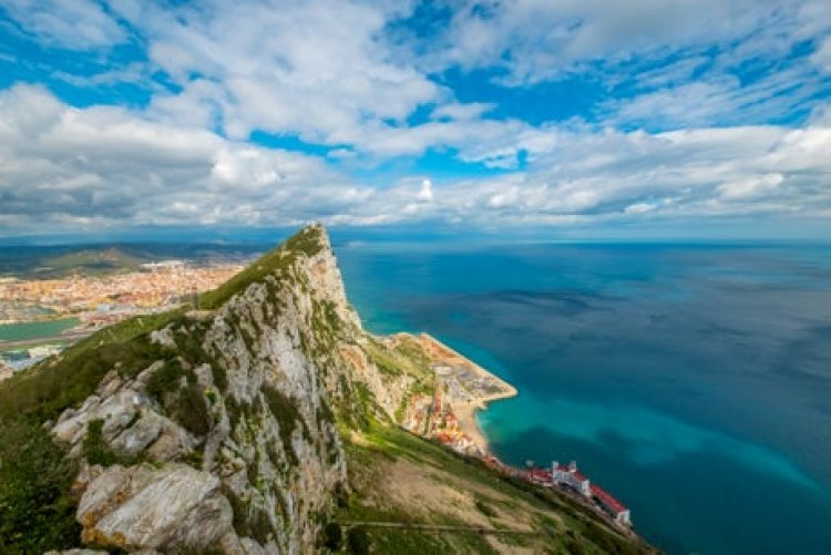 Woman flies to Gibraltar by mistake